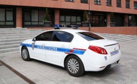 voiture-police-cameras